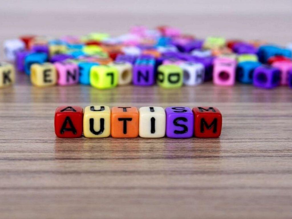 otizm farkındalık